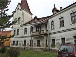 Zámek Chvalkovice